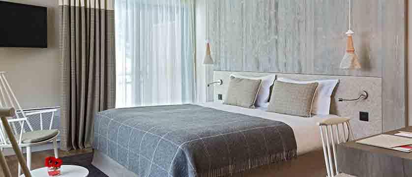 Hotel Heliopic, Chamonix, France - family bedroom 2.jpg